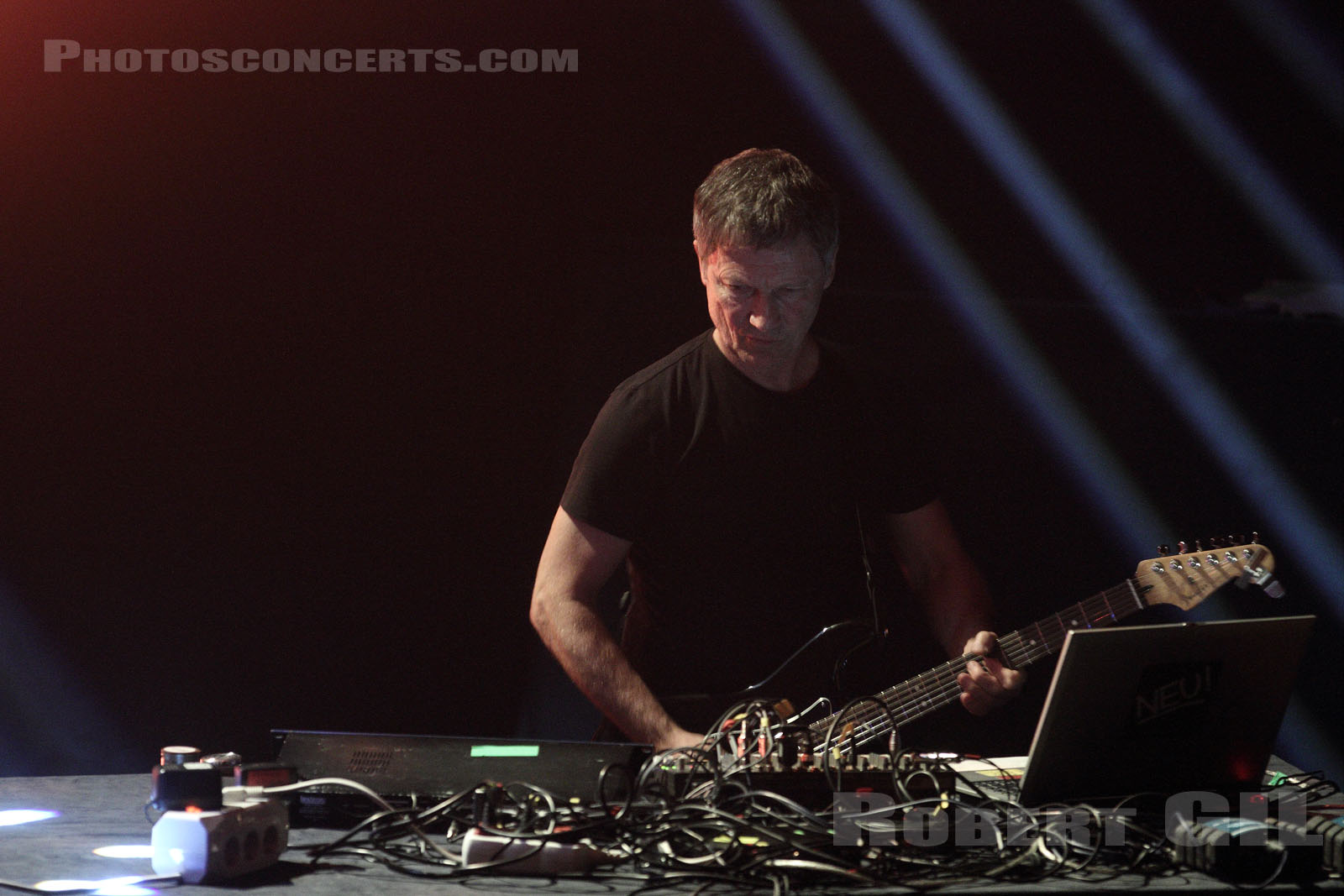 MICHAEL ROTHER - 2013-05-18 - PARIS - Cite de la Musique