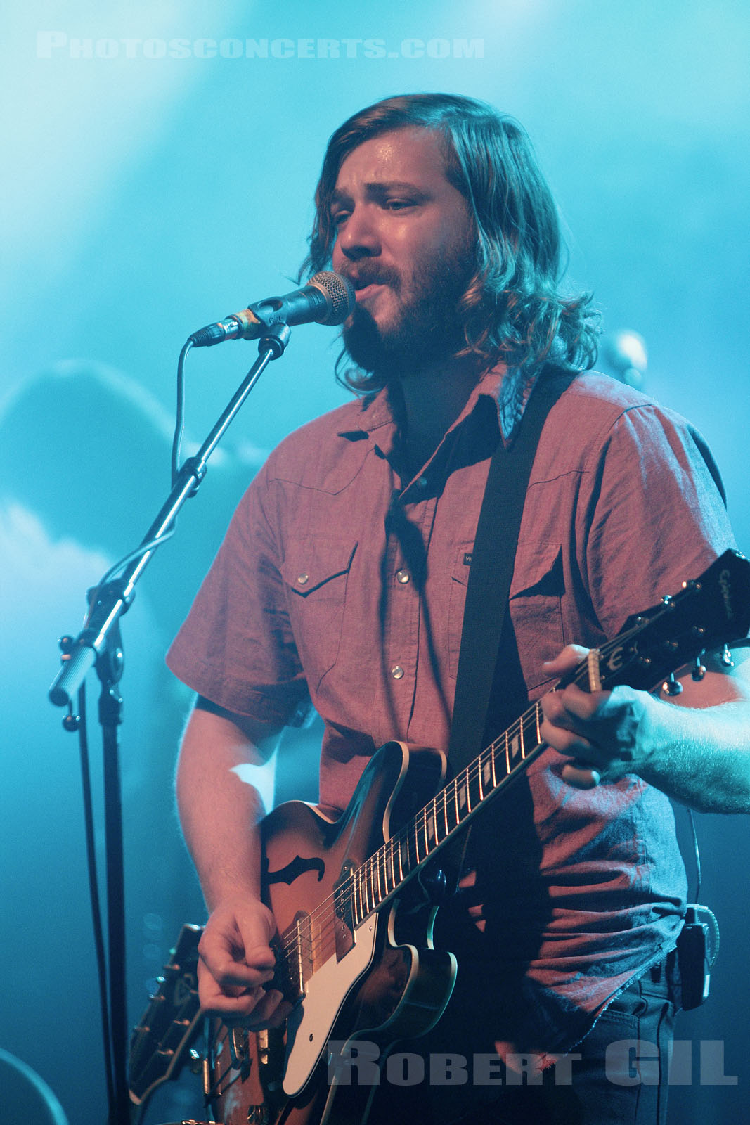 MIDLAKE - 2010-11-04 - PARIS - La Cigale