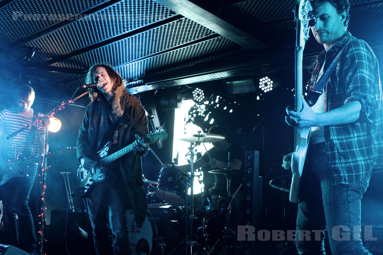 NINE BLACK ALPS - 2014-12-04 - PARIS - Batofar