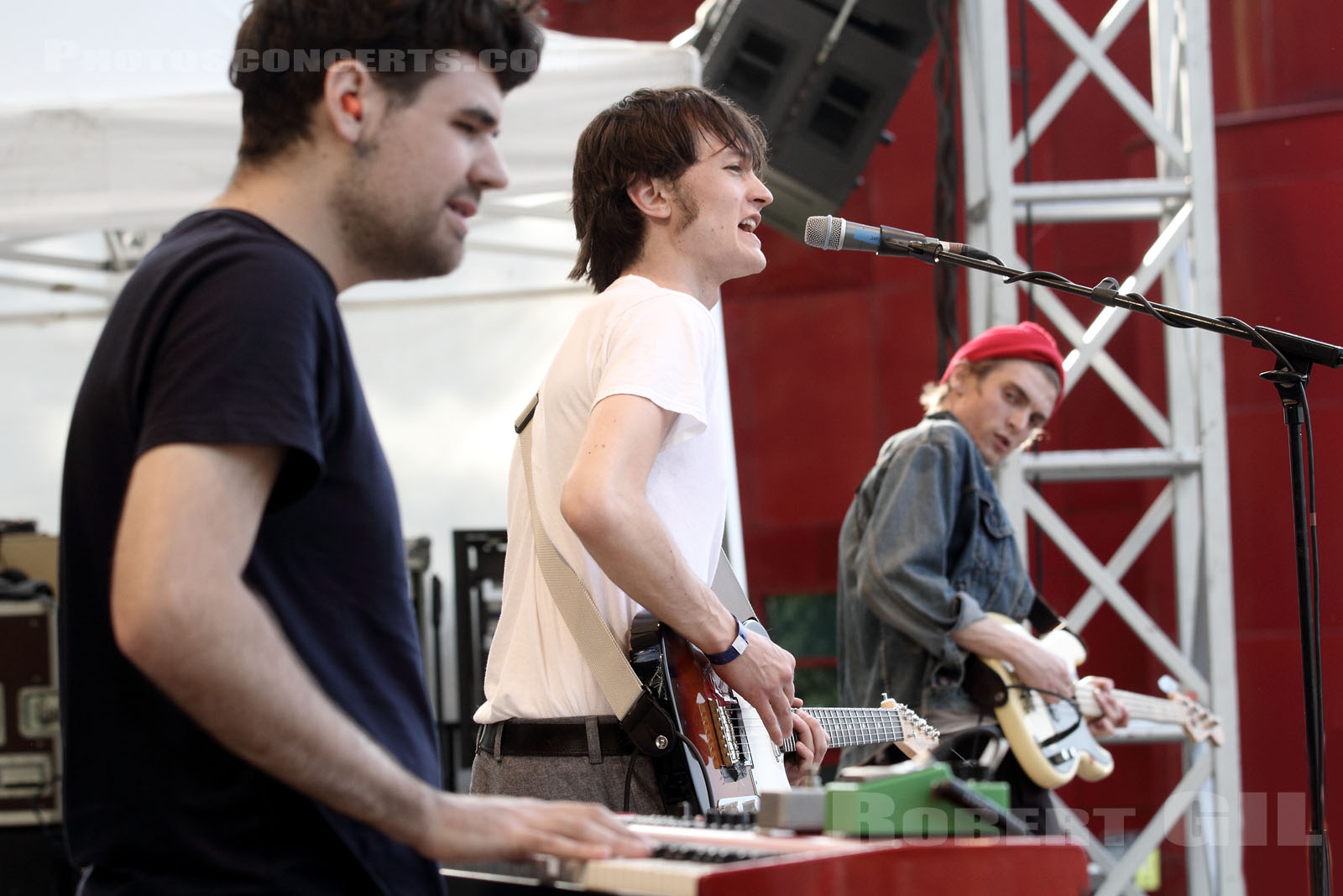 OUGHT - 2015-05-24 - PARIS - Parc de la Villette