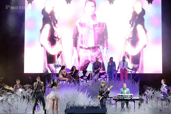 PERRY FARRELL'S KIND HEAVEN ORCHESTRA - 2019-07-20 - PARIS - Hippodrome de Longchamp - Alternative Stage