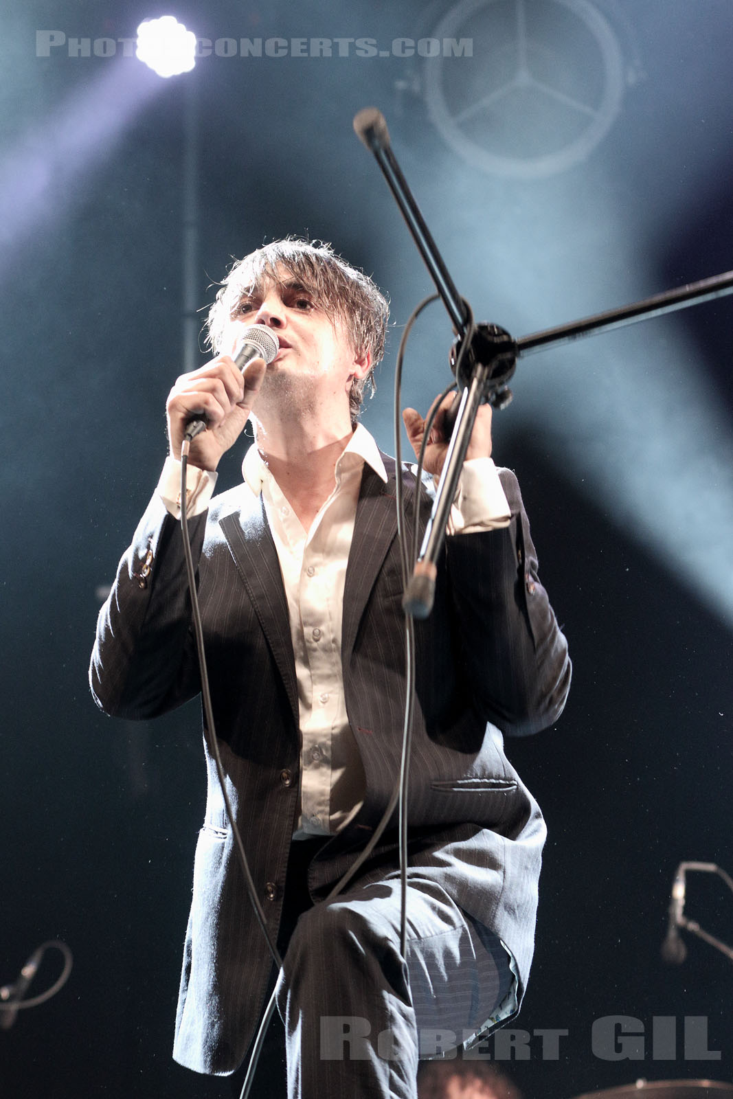 PETER DOHERTY - 2017-05-04 - PARIS - Place de la Republique