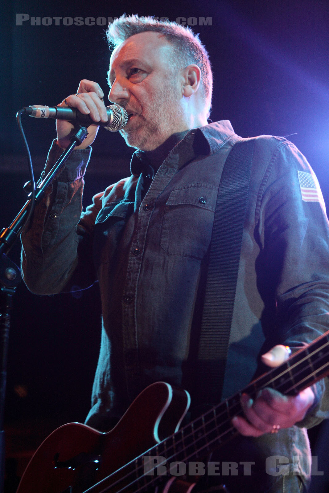 PETER HOOK AND THE LIGHT - 2011-03-10 - PARIS - Trabendo