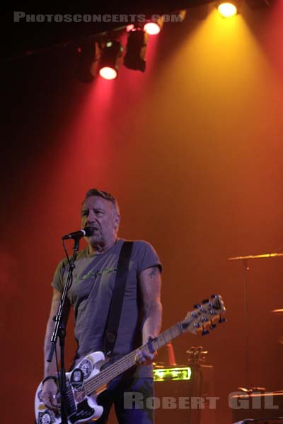 PETER HOOK AND THE LIGHT - 2017-10-28 - PARIS - Le Trianon