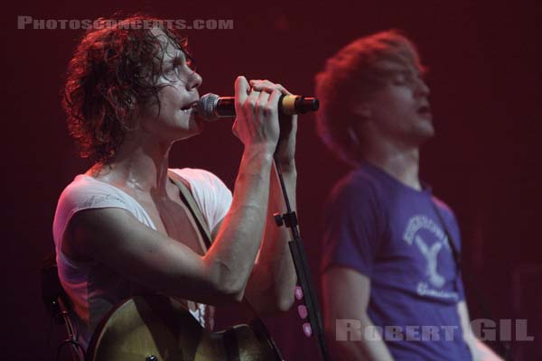 RAZORLIGHT - 2007-02-01 - PARIS - Le Bataclan