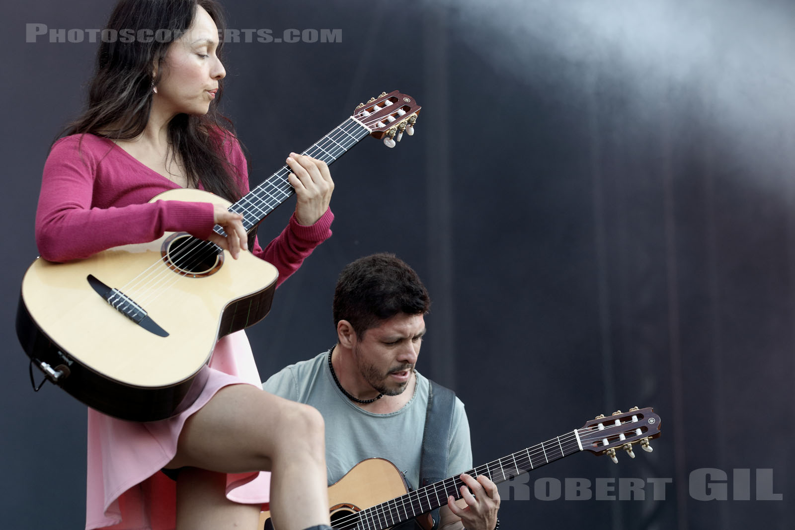 RODRIGO Y GABRIELA - 2015-08-28 - SAINT CLOUD - Domaine National - Grande Scene