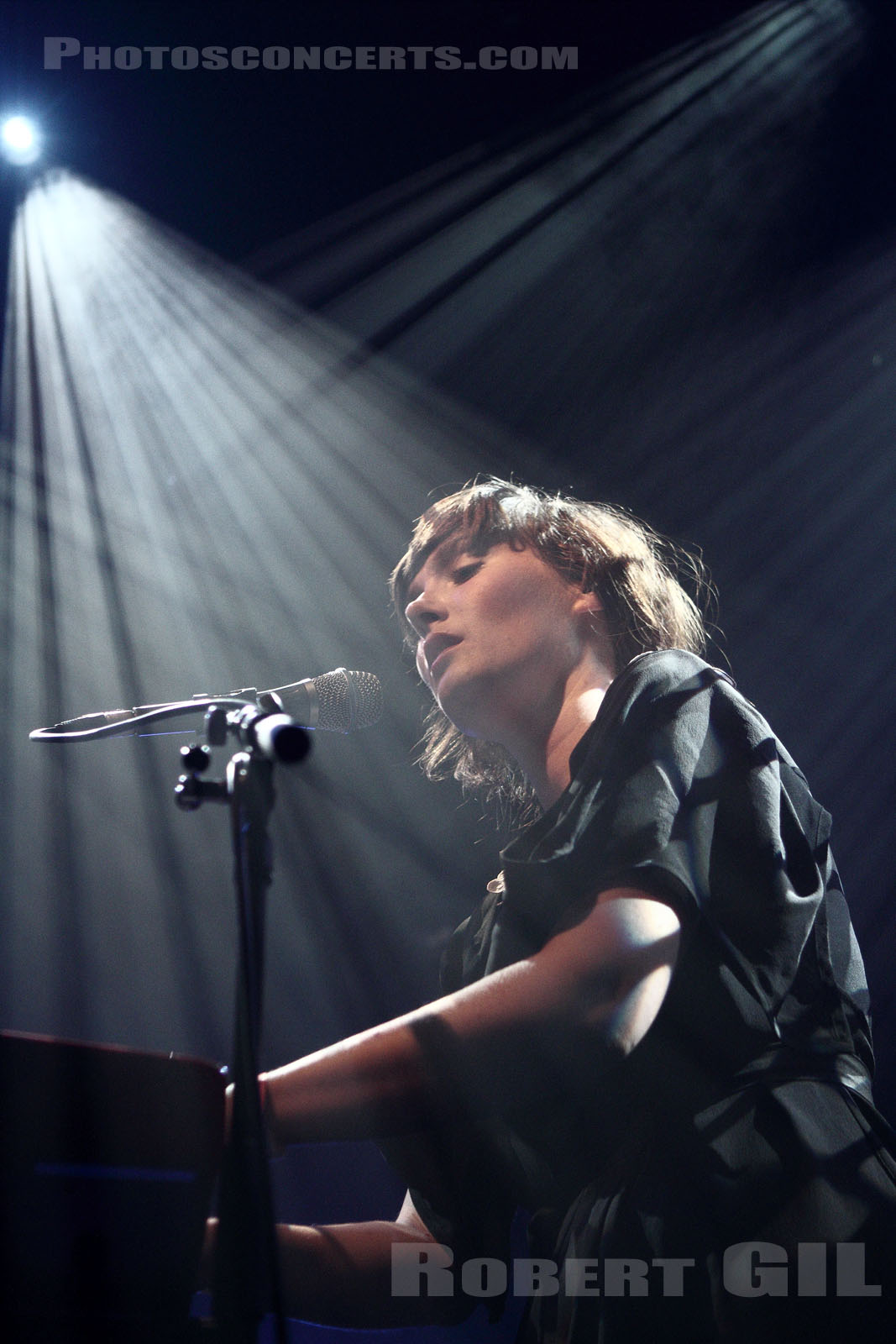 SARAH BLASKO - 2011-10-21 - PARIS - La Fleche d'Or