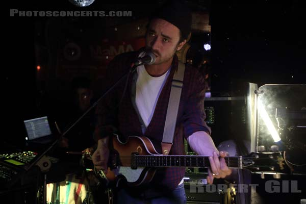 SAY YES DOG - 2015-10-14 - PARIS - Chez Moune