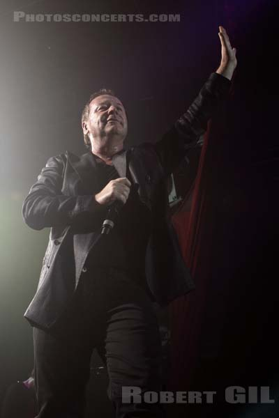 SIMPLE MINDS - 2010-06-18 - PARIS - Le Bataclan