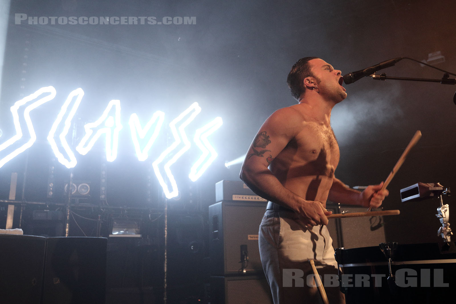 SLAVES - 2018-10-29 - PARIS - Trabendo