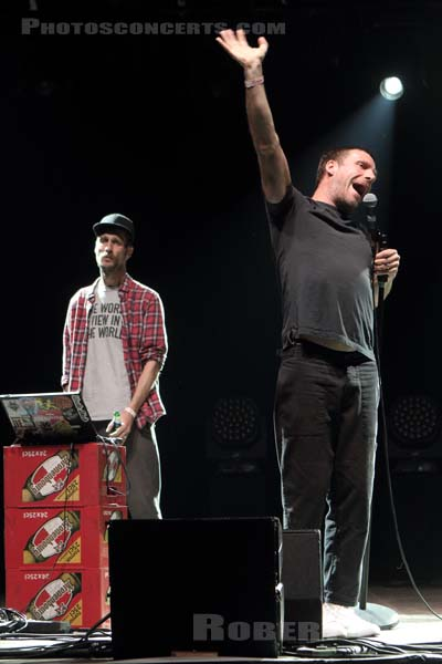 SLEAFORD MODS - 2017-08-26 - SAINT CLOUD - Domaine National - Scene du Bosquet