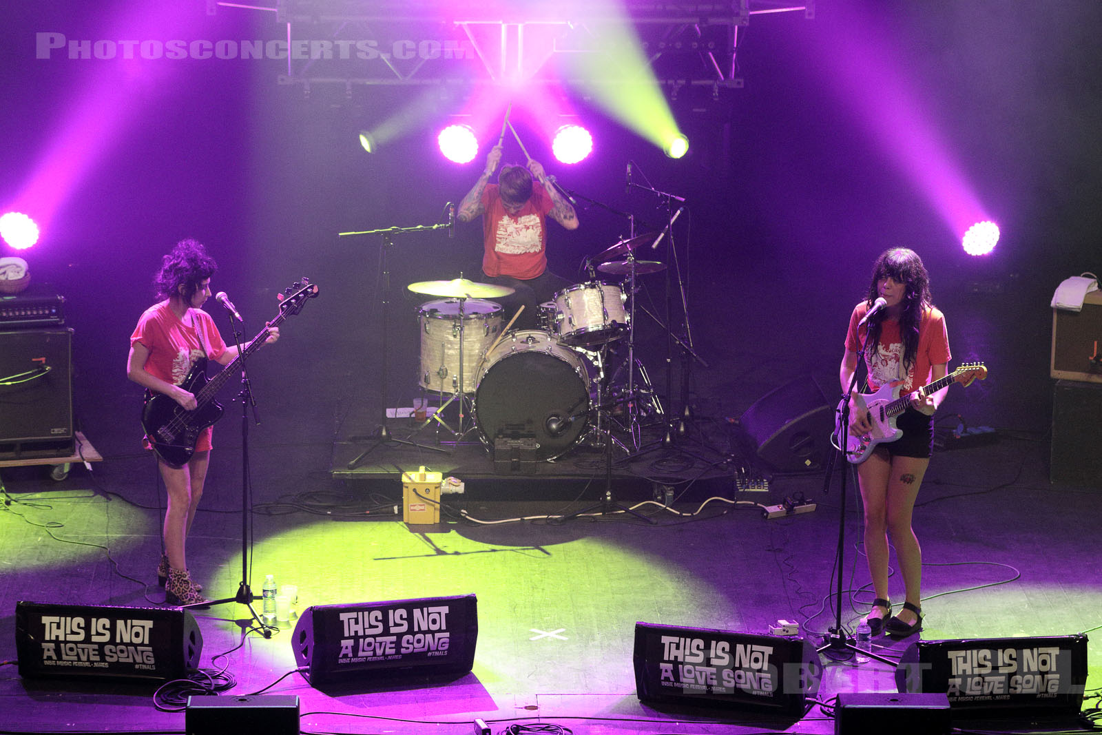 THE COATHANGERS - 2017-06-09 - NIMES - Paloma - Grande Salle