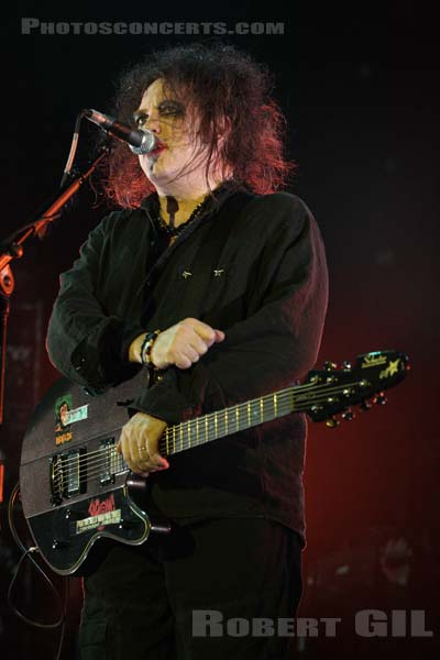THE CURE - 2008-03-12 - PARIS - Bercy