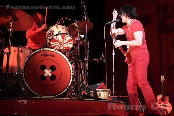THE WHITE STRIPES - 2007-06-11 - PARIS - Zenith