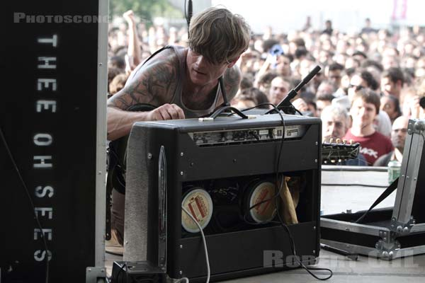 THEE OH SEES - 2010-06-06 - PARIS - Parc de la Villette