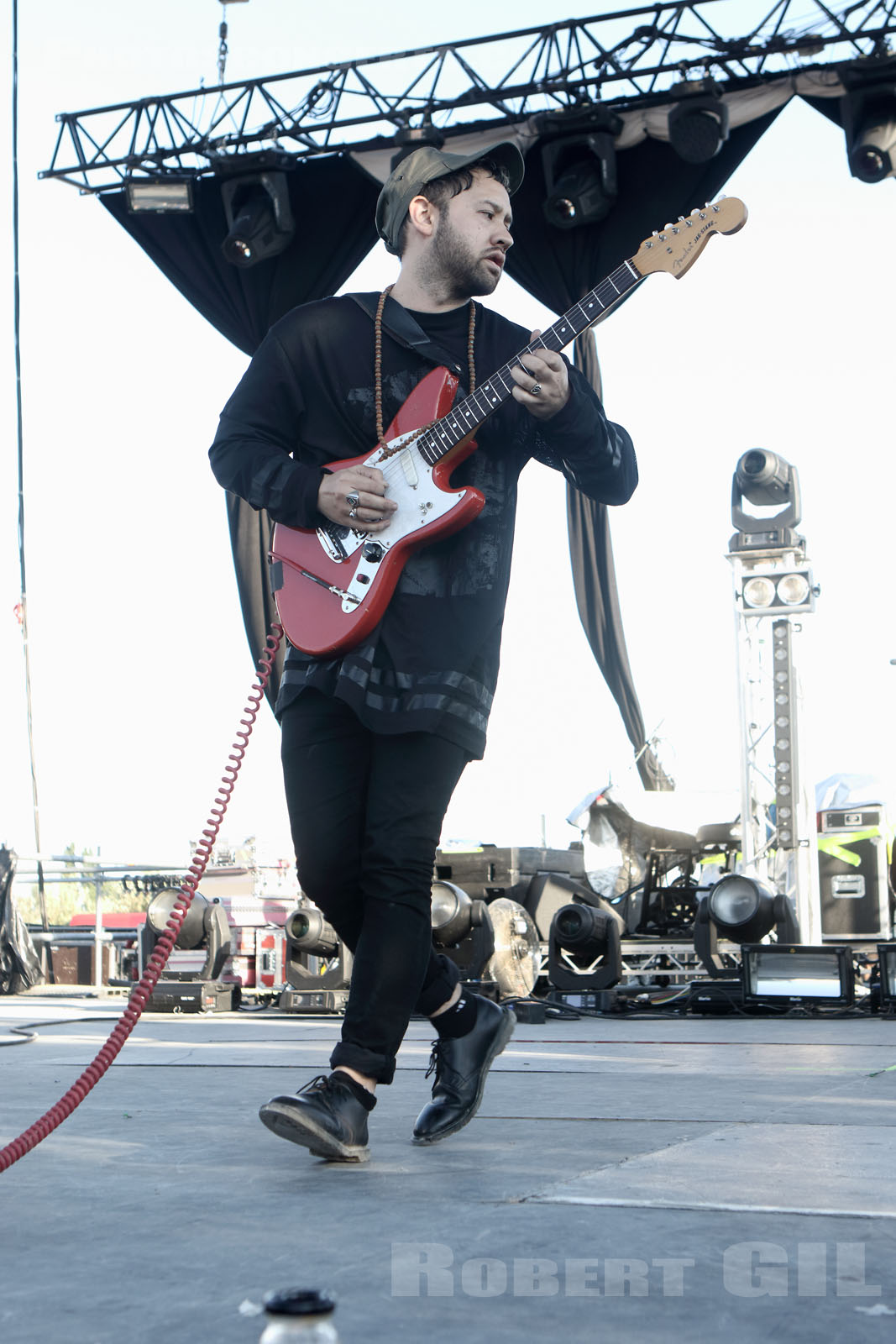UNKNOWN MORTAL ORCHESTRA - 2015-05-31 - NIMES - Grande Scene Flamingo