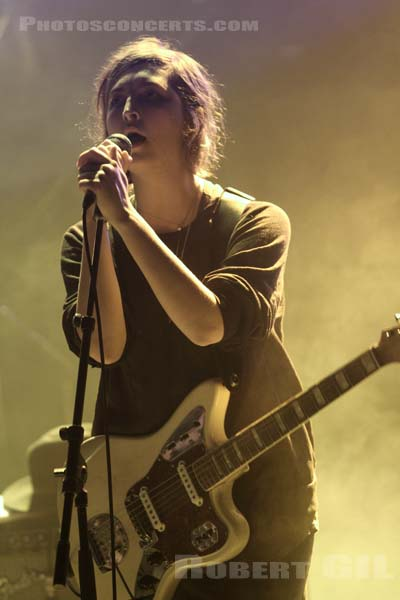 WARPAINT - 2010-11-06 - PARIS - La Cigale