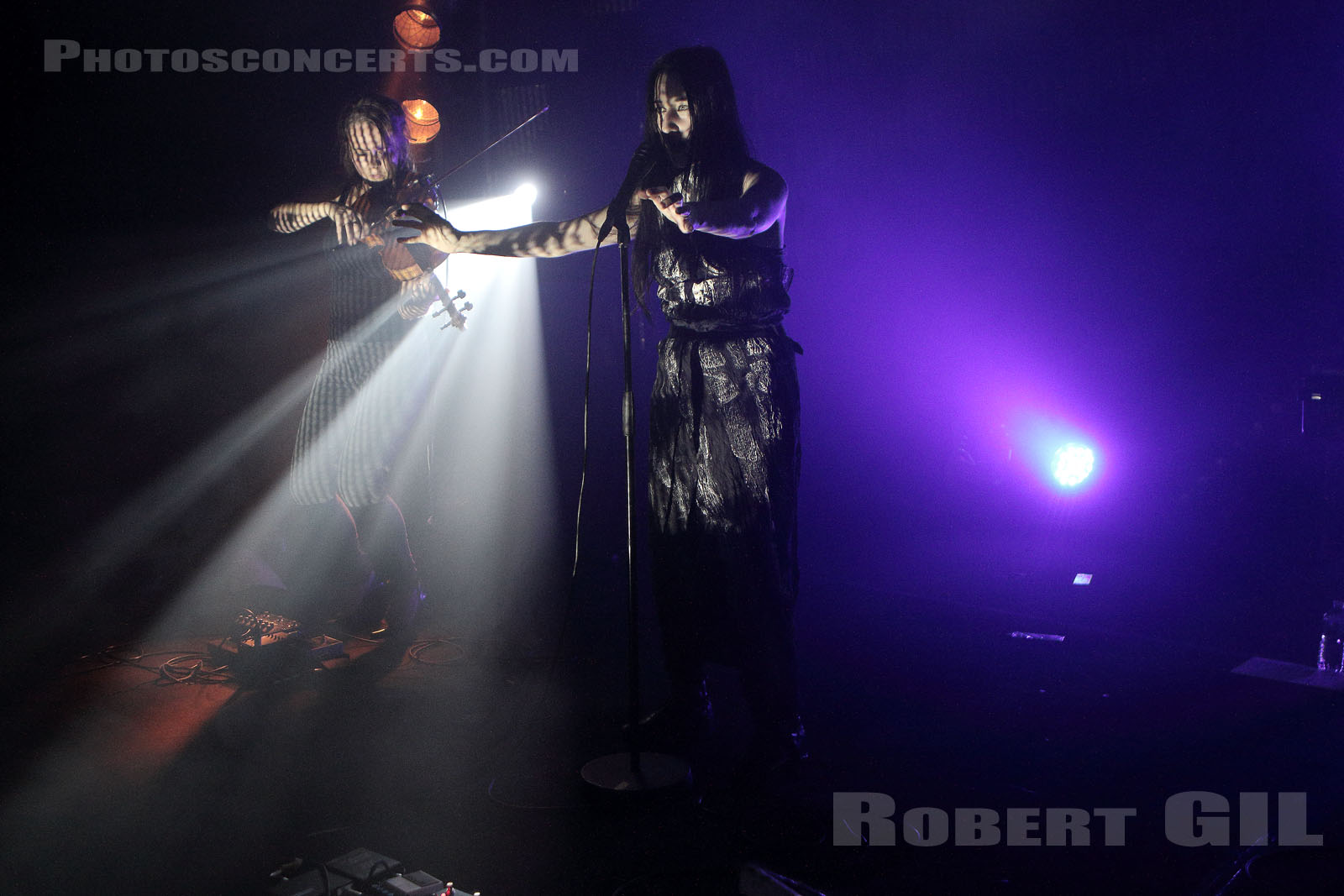 ZOLA JESUS - 2017-11-08 - PARIS - Point Ephemere